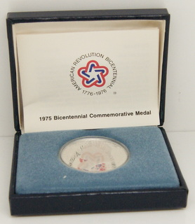 "1975 American Revolution Bicentennial Paul Revere Lexington - Concord ""The Shot Heard Round the World"" Silver Round"