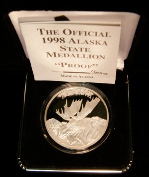 The Official 1998 Alaska State Medallion Proof Moose -Alaska Mint The Great Seal of the State of Alaska w/ Original Box & Paperwork