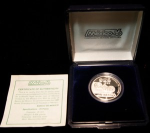 1986 Mexico 25 Peso To commemorate the 1986 World Championship of Football w/ Box & COA