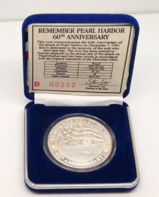 Remember Pearl Harbor 60th Anniversary 1941 - 2002 U.S.S. Arizona Memorial 40th Anniversary 1962-2002 Silver Round