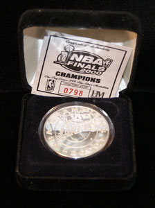 NBA Finals 2000 Lakers 1oz Silver Round